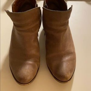 Lucky Brand Basel Bootie Boots Leather Taupe 9.5w